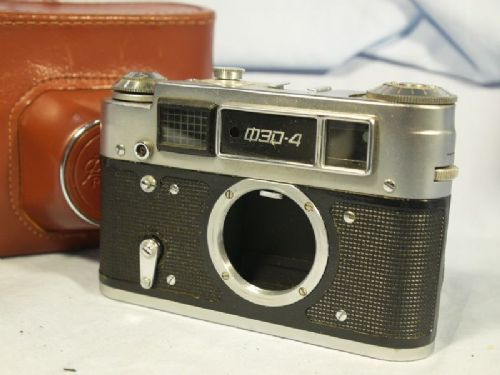 Fed   4 F192 Vintage Rangefinder Camera Cased £14.99